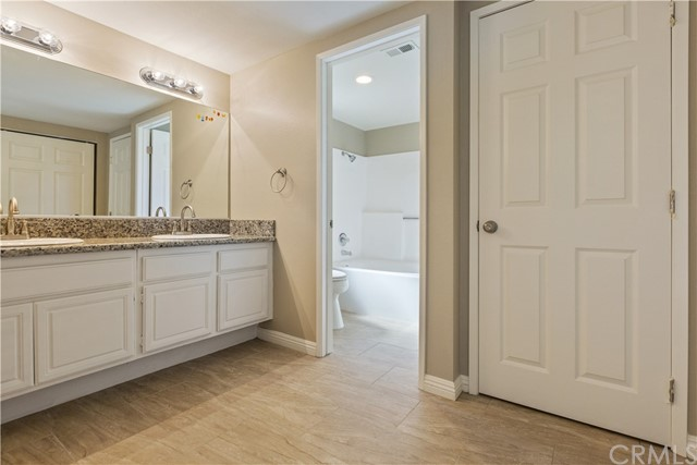 45377 Clubhouse Dr, Temecula, CA 92592 Photo 24