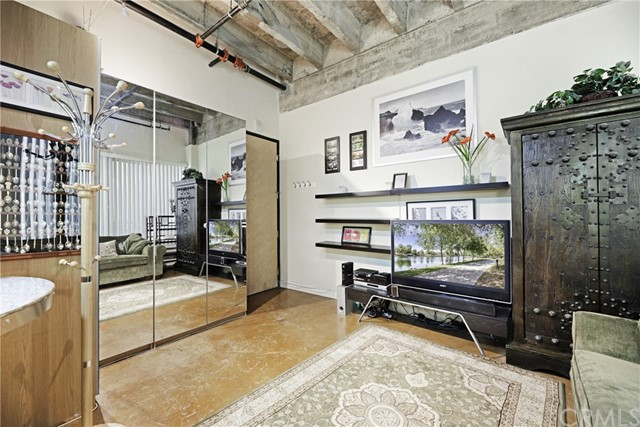 312 W 5th Street 321, Los Angeles, CA 90013