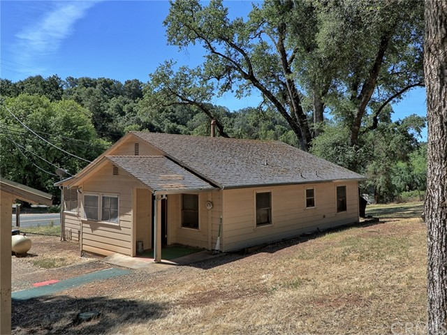 2963 Lakeview Drive, Nice, CA 95464