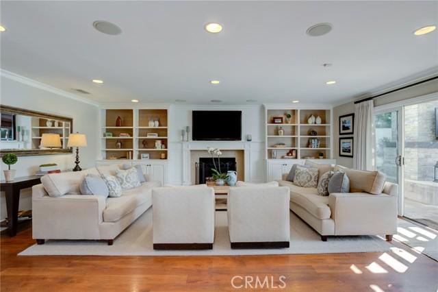 1436 11th Street, Manhattan Beach, California 90266, 6 Bedrooms Bedrooms, ,3 BathroomsBathrooms,For Sale,11th,SB21037520