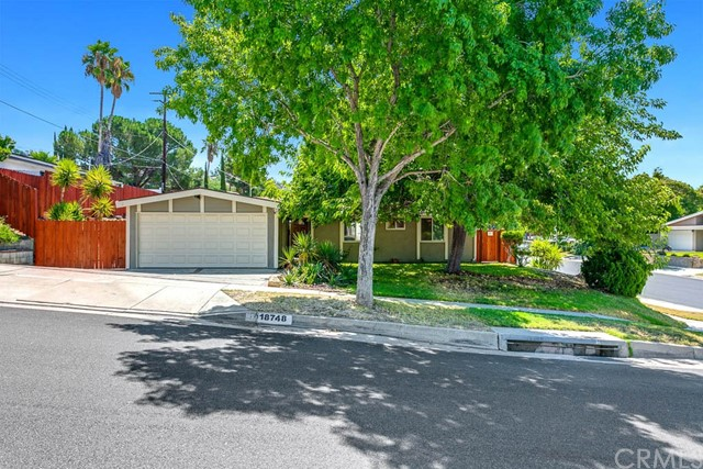 18748 Delight Street, Canyon Country, CA 91351