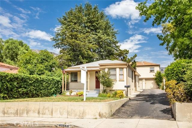 10544 Helendale Avenue, Tujunga, CA 91042