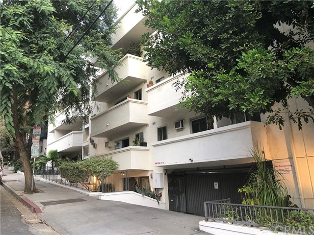 Photo of 960 Larrabee Street #324, West Hollywood, CA 90069