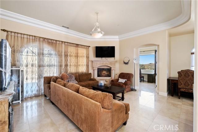 65. 44225 Sunset Terrace Temecula, CA 92590