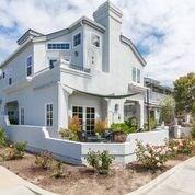 421 Goldenrod Ave, Corona del Mar, CA 92625