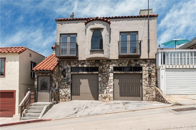 205 40th Street, Manhattan Beach, California 90266, 2 Bedrooms Bedrooms, ,1 BathroomBathrooms,For Sale,40th,SB20076163