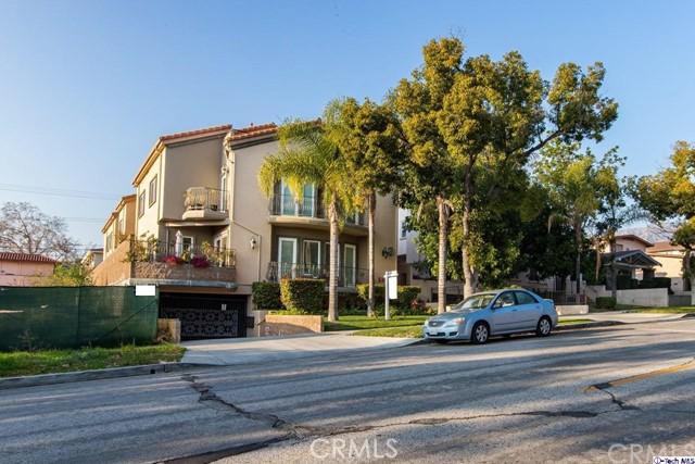 711 E Angeleno Avenue 102, Burbank, CA 91501