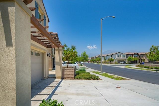 42. 863 Harvest Avenue Upland, CA 91786