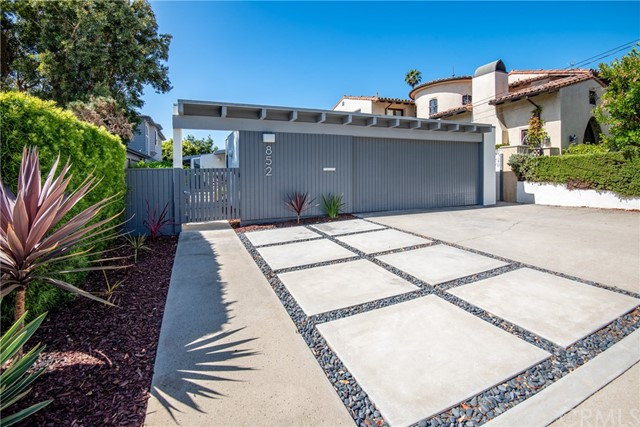 852 18th, Manhattan Beach, California 90266, 4 Bedrooms Bedrooms, ,1 BathroomBathrooms,For Sale,18th,SB20139694