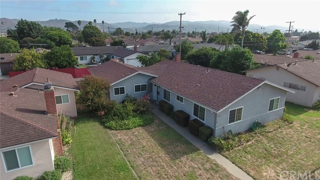 924 E Lemon Avenue, Lompoc, CA 93436