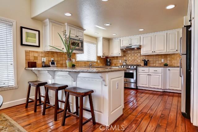 153 Lyndon Street, Hermosa Beach, California 90254, 3 Bedrooms Bedrooms, ,2 BathroomsBathrooms,For Rent,Lyndon,SB21049461