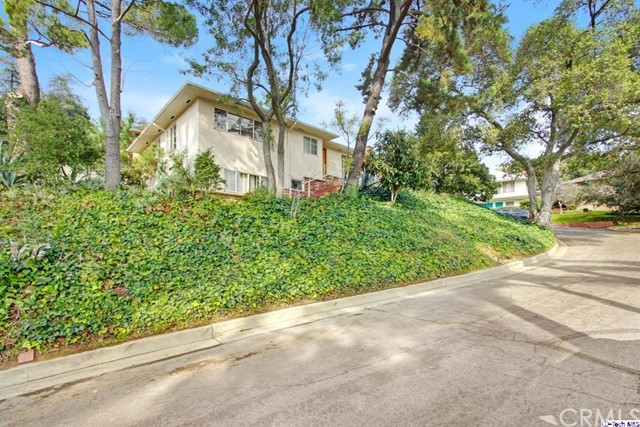 2111 Armour Place, Glendale, CA 91208
