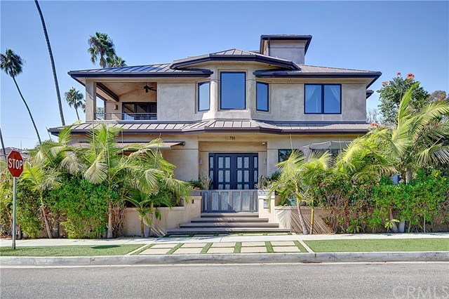 701  11th Street, Huntington Beach, California