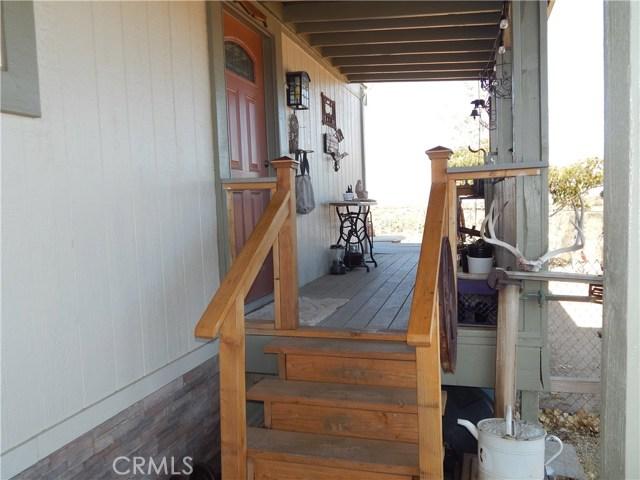 11024 Medlow Av, Oak Hills, CA 92344 Photo 9