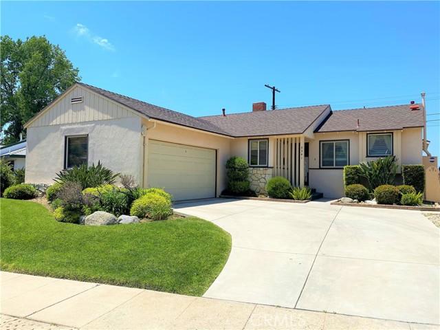 8341 Broadacre Dr, Sun Valley, CA 91352 Photo