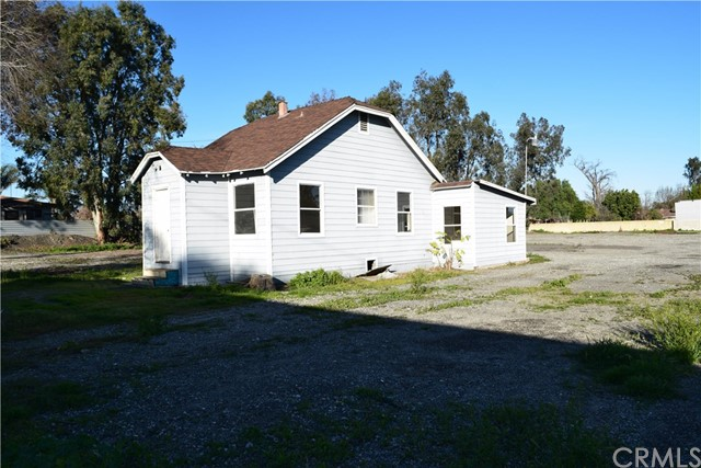 9913 Carob Avenue, Fontana, CA 92335