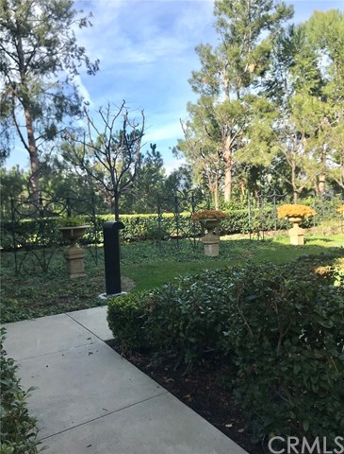 112 Coral Rose, Irvine, CA 92603 Photo 3