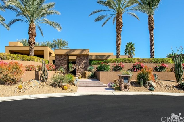 17 Sun Ridge Circle, Rancho Mirage, CA 92270