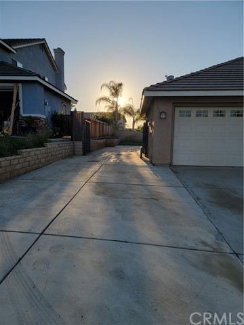 3. 3668 Grovedale Street Corona, CA 92881