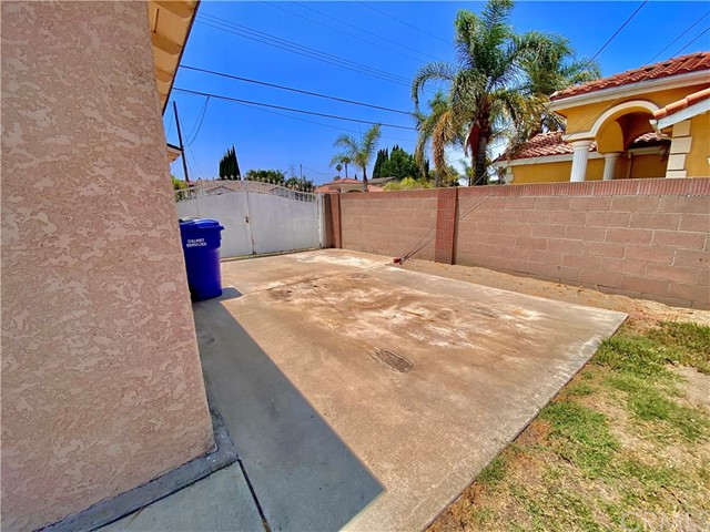 40. 10937 Pernell Avenue Downey, CA 90241