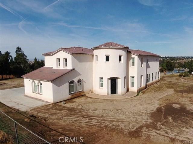 Photo of 18363 Brazier Drive, Perris, CA 92570