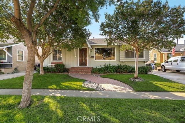 11432 211th Street, Lakewood, CA 90715