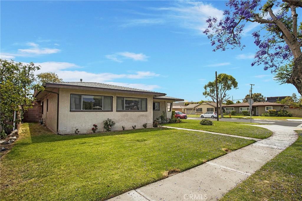 3062     Palo Verde Avenue, Long Beach CA 90808