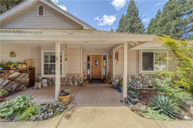 16311 Hidden Forest Wy, Forest Ranch, CA 95942 Photo