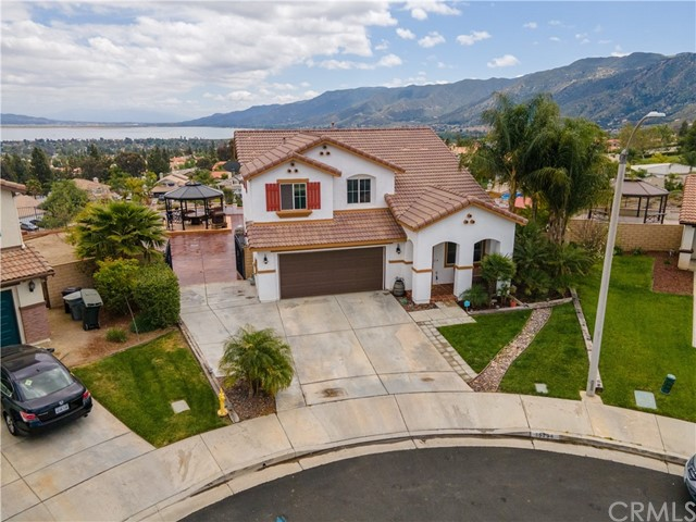 15294 Madrone Ct, Lake Elsinore, CA 92530 Photo