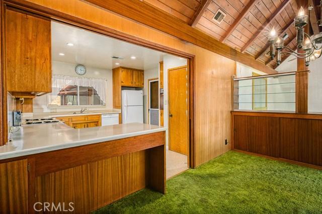 1260 Club House Dr, Pasadena, CA 91105 Photo 9
