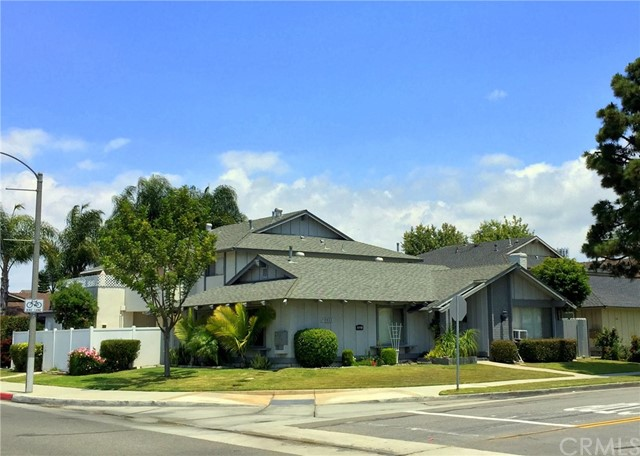 5521 Cross Drive, Huntington Beach, CA 92649