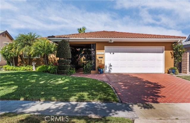 15791 Dundalk Lane, Huntington Beach, CA 92647