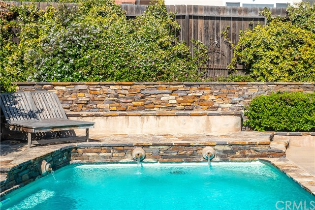 28. 7005 Purple Ridge Drive Rancho Palos Verdes, CA 90275