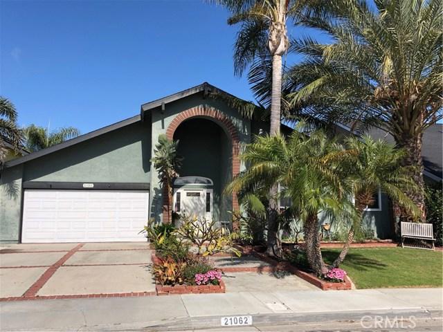 21062 Shaw Lane, Huntington Beach, CA 92646