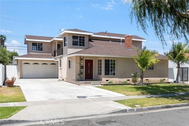 2. 1005 S Woods Avenue Fullerton, CA 92832