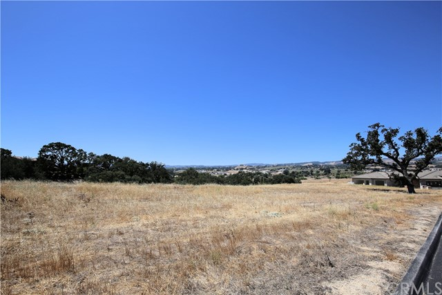 2265 Iron Stone Loop, Templeton, CA 93465