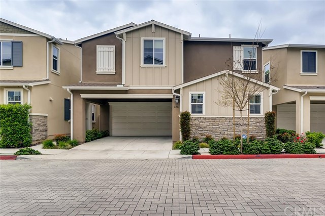 371 N Avelina Way, Anaheim, CA 92805
