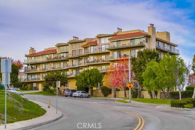 2700 E Panorama Drive 405, Signal Hill, CA 90755