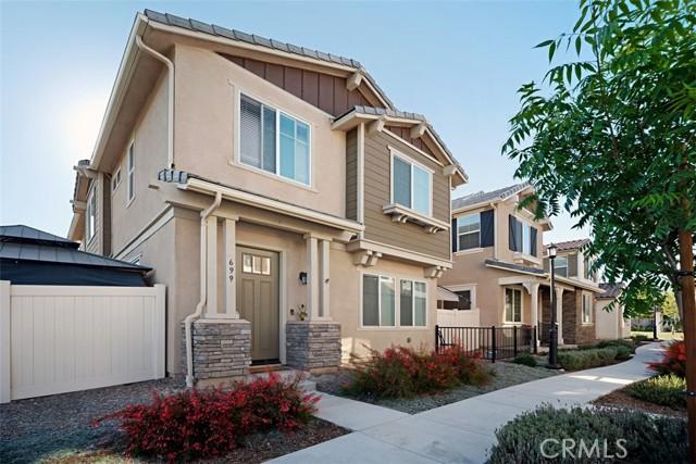 699 S Brampton Ave, Rialto, CA 92376
