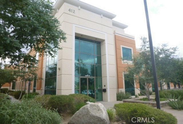 412 E Vanderbilt Way, San Bernardino, CA 92408