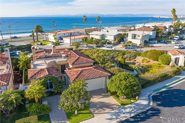 409 Paseo De La Concha, Redondo Beach, California 90277, 4 Bedrooms Bedrooms, ,5 BathroomsBathrooms,For Sale,Paseo De La Concha,SB20018768