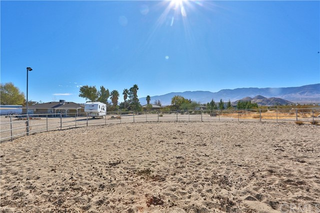 10054 Trade Post Rd, Lucerne Valley, CA 92356 Photo 36