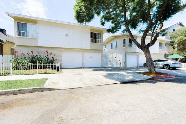 Price reduced and now available separately from portfolio!  Rare portfolio property of 16 units on 2 parcels separated by an entry courtyard. Great unit mix of fourteen 2 Bed/1 Bath units and two 3 Bed/2 Bath units. All but 1 unit recently upgraded including flooring, kitchen cabinets, quartz counters, and new bathrooms. Strong actual income at 12.91X gross plus an additional 10.3% upside in income to a market GRM of 11.70. Very well parked with 10 separate garages plus 10 off-street parking spaces. Less than a mile to Alamitos Beach. Only four blocks to Retro Row. Available together with 1332 Walnut (MLS#SB20171640) and 811-817 Rose (MLS#SB20171469). Can be sold separately, but seller is motivated and can sell together for a better price.