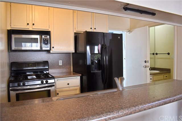 8061 Presidential Wy, Midway City, CA 92655 Photo 8