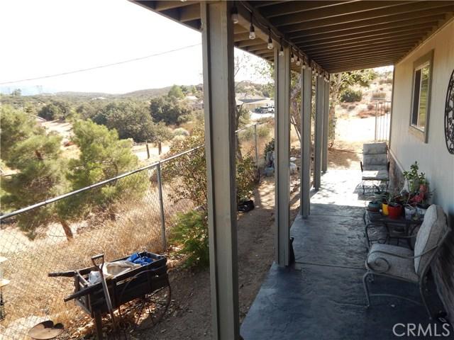 11024 Medlow Av, Oak Hills, CA 92344 Photo 10