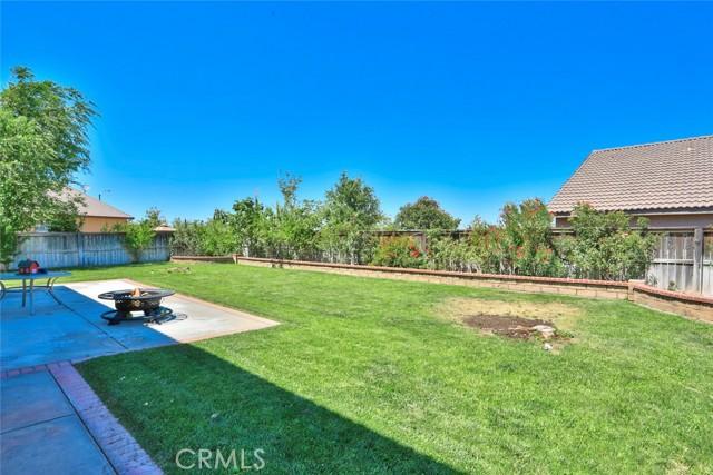 8443 Fillmore Ct, Oak Hills, CA 92344 Photo 46