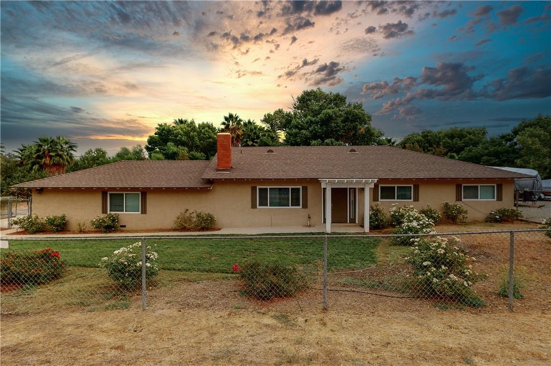 17390 Mockingbird Canyon Rd, Riverside, CA 92504