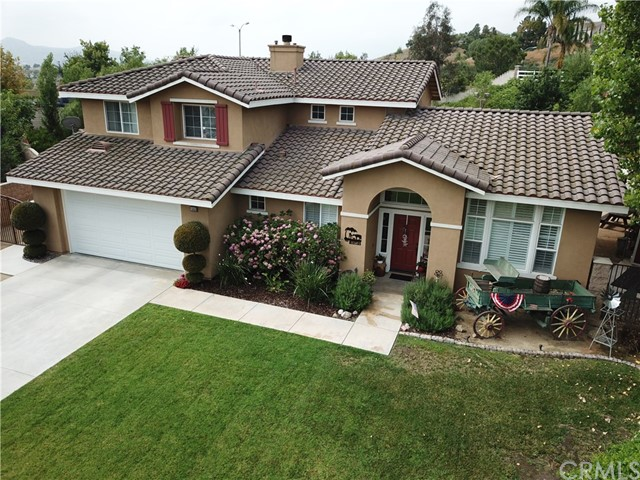 1043 Santa Fe Way, Norco, CA 92860