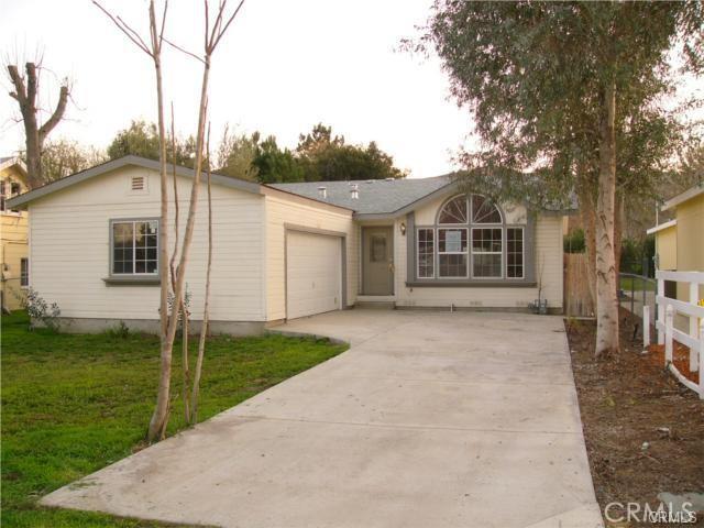 21347     Darby Street, Riverside CA 92595