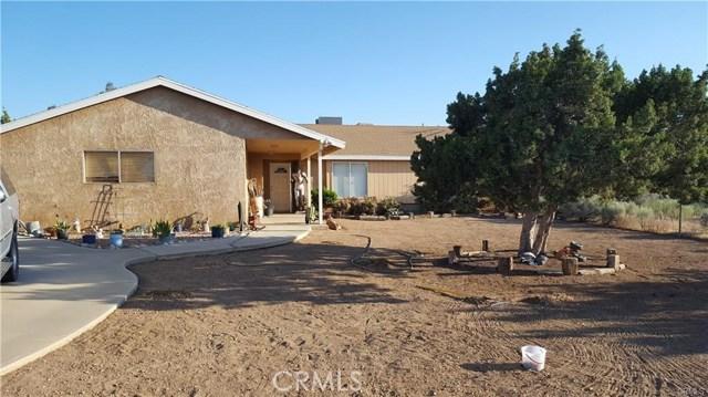 10521 Hollister Road, Oak Hills, CA 92344